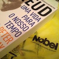 Das Foto wurde bei Nobel Livraria Shopping Plaza von Lucas Leonardo d. am 12/9/2014 aufgenommen