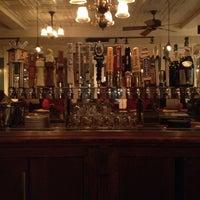 1/3/2013 tarihinde Peter D.ziyaretçi tarafından Ward 6 Food & Drink'de çekilen fotoğraf