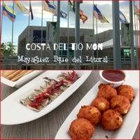 Foto diambil di Costa Restaurant oleh José C. pada 1/11/2016
