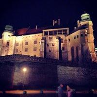 รูปภาพถ่ายที่ Zamek Królewski na Wawelu โดย Gabriele V. เมื่อ 1/1/2013