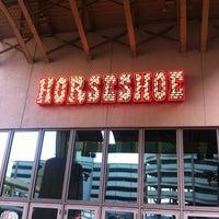 รูปภาพถ่ายที่ Horseshoe Hammond Casino โดย Charlie M. เมื่อ 1/8/2013