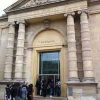 รูปภาพถ่ายที่ Musée de l'Orangerie โดย Yusuke M. เมื่อ 4/25/2012