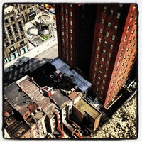 9/5/2013 tarihinde Isaac M.ziyaretçi tarafından Lombardy Hotel'de çekilen fotoğraf
