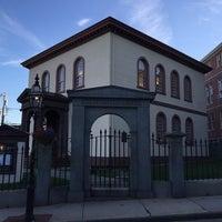 10/15/2014 tarihinde Zevy P.ziyaretçi tarafından Touro Synagogue'de çekilen fotoğraf
