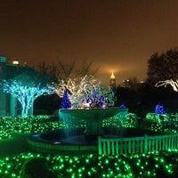 Foto scattata a Atlanta Botanical Garden da James L. il 11/28/2012