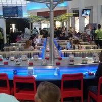 Снимок сделан в Wasabi Modern Japanese Cuisine пользователем Mario I. 11/24/2012