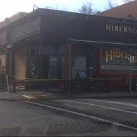 Снимок сделан в Hibernian Pub пользователем Thomas B. 12/27/2012