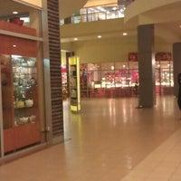 1/19/2013 tarihinde Kate P.ziyaretçi tarafından Аутлет центр Бренд Сити'de çekilen fotoğraf