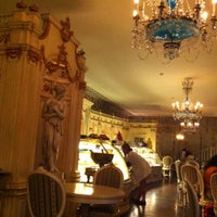 Photo prise au Cafe Pushkin par N le7/6/2013