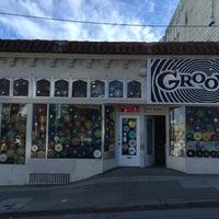 รูปภาพถ่ายที่ Grooves โดย Molly L. เมื่อ 9/25/2015