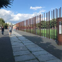 Снимок сделан в Мемориальный комплекс «Берлинская стена» пользователем Ina V. 8/27/2017
