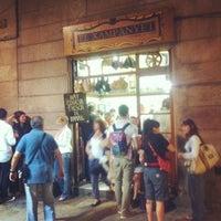9/20/2012 tarihinde daniela w.ziyaretçi tarafından El Xampanyet'de çekilen fotoğraf