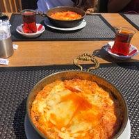 9/6/2018 tarihinde Emre D.ziyaretçi tarafından Teleferik Cafe & Restaurant'de çekilen fotoğraf