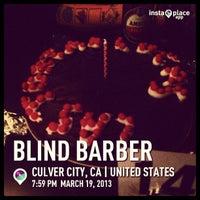 Снимок сделан в Blind Barber пользователем 𝓡andal . 3/20/2013