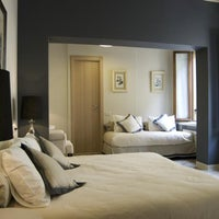 Foto scattata a Hotel & Residenza Broletto da Hotel & Residenza Broletto il 4/17/2014