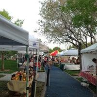 5/23/2013 tarihinde Belinda T.ziyaretçi tarafından Las Vegas Farmers Market'de çekilen fotoğraf