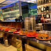 Photo prise au Sushi Tei par Chintya P. le10/19/2013