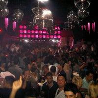 10/12/2012 tarihinde AMET Ç.ziyaretçi tarafından Club Bedroom Exclusive'de çekilen fotoğraf