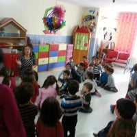 รูปภาพถ่ายที่ Ekin Beylikdüzü Anaokulları Yuva Kreş โดย Gürkan T. เมื่อ 12/28/2012