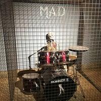 รูปภาพถ่ายที่ Mad Club โดย Ömer   ✔️ เมื่อ 4/21/2018