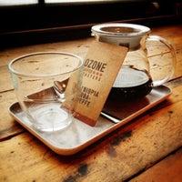 รูปภาพถ่ายที่ Ozone Coffee Roasters โดย Johannes K. เมื่อ 10/22/2012