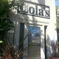 9/8/2013 tarihinde Roni L.ziyaretçi tarafından Lola's'de çekilen fotoğraf