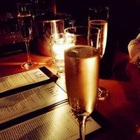 12/16/2014에 Sara P.님이 Stage Wine Bar에서 찍은 사진