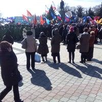 รูปภาพถ่ายที่ Площадь Ленина โดย Олег I. เมื่อ 3/16/2015
