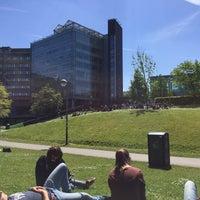 Foto diambil di Vrije Universiteit Brussel Brussels Humanities, Sciences & Engineering Campus oleh Femke V. pada 5/13/2015