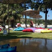 Das Foto wurde bei Babylon Çeşme von Halikarnas Sabahçısı⚓ am 7/24/2013 aufgenommen
