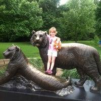 Foto tomada en Tulsa Zoo por Brian D. el 6/2/2013