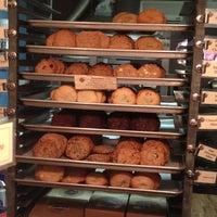 10/9/2012にGabriela B.がMilk & Cookiesで撮った写真