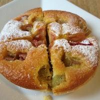 Das Foto wurde bei Cakefriends von Tajana K. am 11/4/2012 aufgenommen