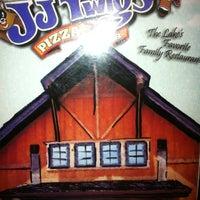 2/4/2013에 Leanne U.님이 J.J. Twigs Pizza & BBQ에서 찍은 사진