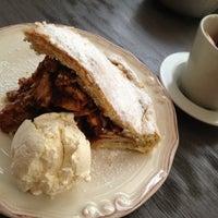 12/29/2012 tarihinde CinCanziyaretçi tarafından Coffeeco'de çekilen fotoğraf