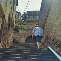 Снимок сделан в Betlemi Street-Stairs | ბეთლემის ქუჩა-კიბე пользователем Кристиан М. 7/8/2018