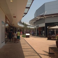 135b89d1510 ... Photo taken at Catarina Fashion Outlet by Ana Flavia G. on 10 19  ...