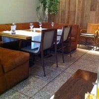 Foto tirada no(a) Galeto's por Cristiane T. em 11/15/2012