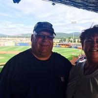 Photo prise au Spokane Indians Diamond Club par Vicki W. le7/5/2014