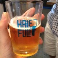 6/8/2013에 Rachael L.님이 Half Full Brewery에서 찍은 사진