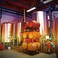 10/27/2014にBeach City BreweryがBeach City Breweryで撮った写真