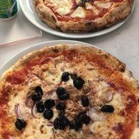 Foto scattata a Pizzeria Il Pellicano da Op. Dr. Fakı AKIN il 7/13/2018