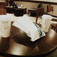 Foto tirada no(a) Starbucks por Kaique M. em 7/7/2014