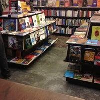 Foto tirada no(a) Librería El Virrey por Lu M. em 6/6/2013