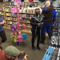 5/3/2014にJuan Pablo R.がBedrock City Comic Co.で撮った写真