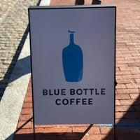 11/4/2018 tarihinde Humaid B.ziyaretçi tarafından Blue Bottle Coffee'de çekilen fotoğraf