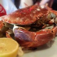 Das Foto wurde bei Big Easy Bar.B.Q & Crabshack von App___ple am 6/25/2015 aufgenommen