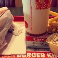 รูปภาพถ่ายที่ Burger King โดย Gabriel V. เมื่อ 5/14/2016