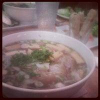Foto scattata a Blue Hen Vietnamese Kitchen da Kaguya H. il 4/2/2013