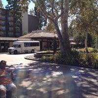 Foto scattata a The Garland da DTN C. il 10/14/2012